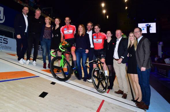 Andreas Graf und Marc Hester führen zur Halbzeit